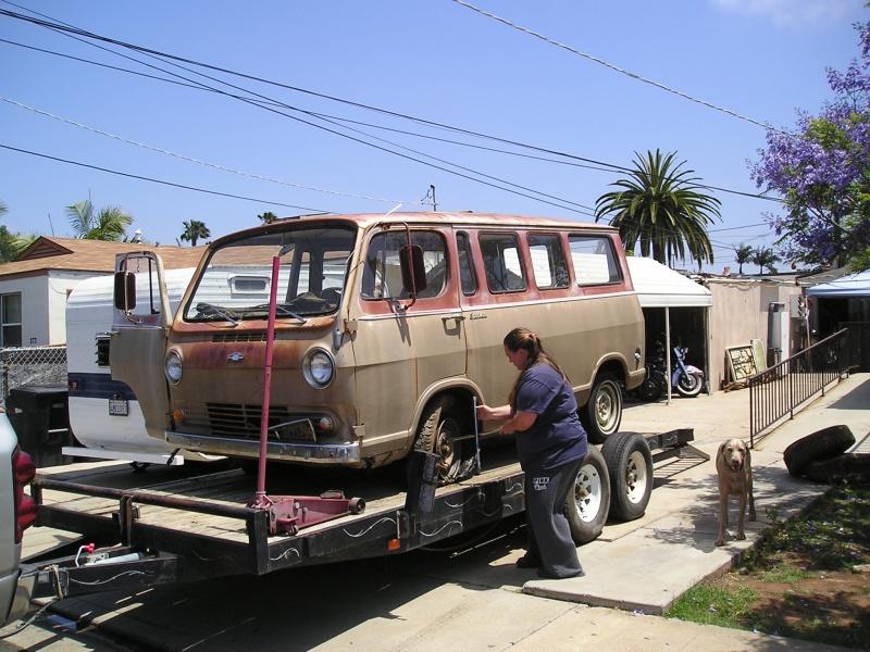 Russell's '66 Sportvan Deluxe First_12