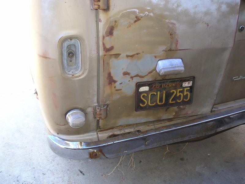 Russell's '66 Sportvan Deluxe First_18