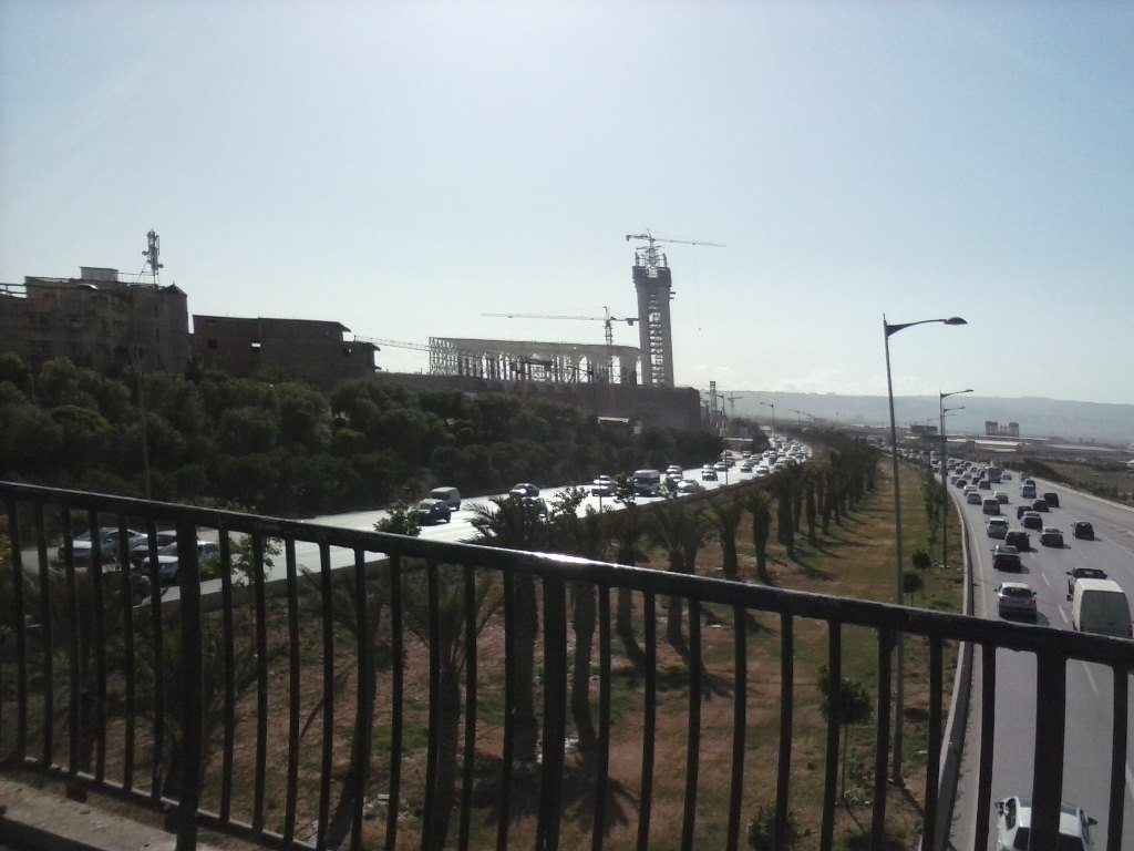 مشروع جامع الجزائر الأعظم: إعطاء إشارة إنطلاق أشغال الإنجاز - صفحة 14 P29-0527