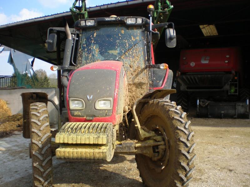 Concours du tracteur le plus cradingue - Page 13 P5020010