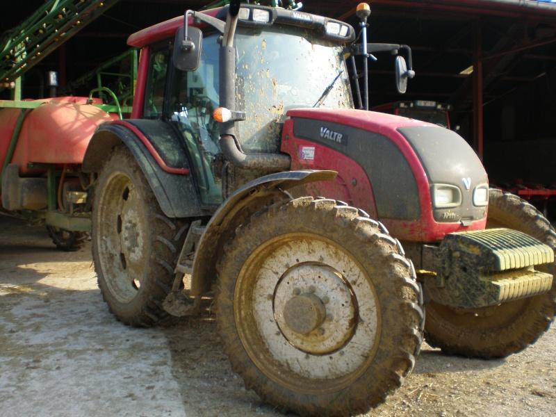 Concours du tracteur le plus cradingue - Page 13 P5020011