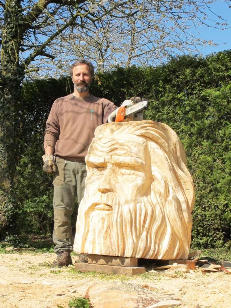 sculpture à la tronçonneuse Img_9311