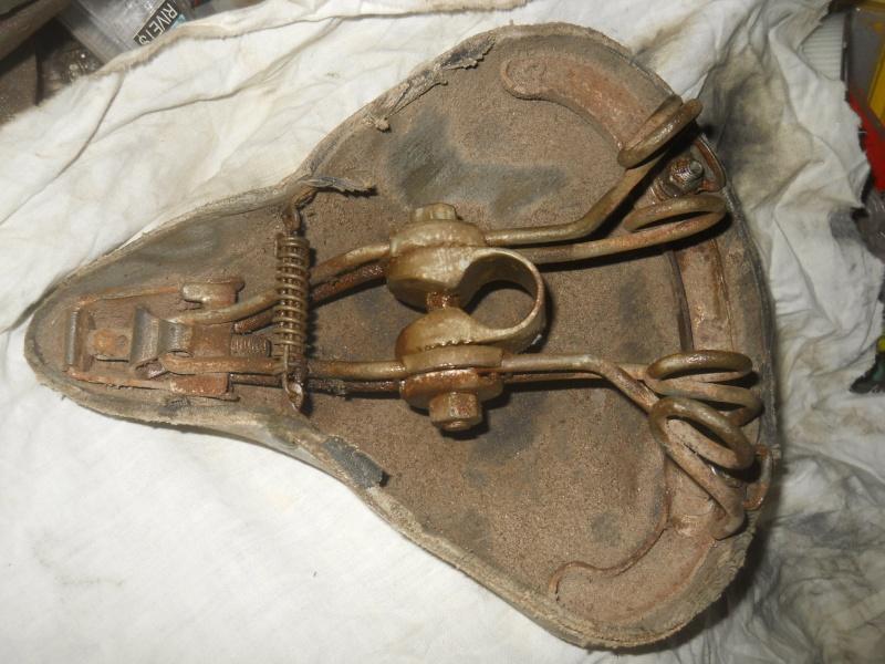 Gnome Rhone homme inox/alu 3v 1940-42 ? Dscn8148
