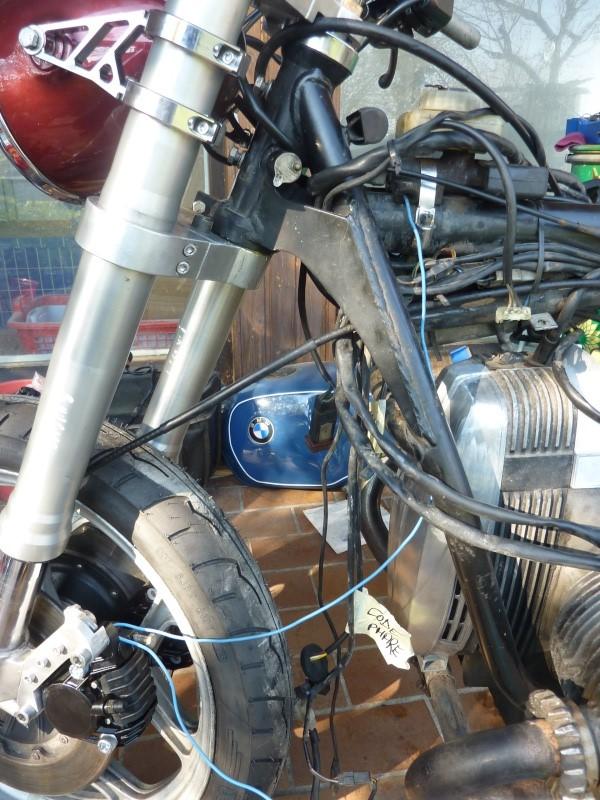"R80RT Monolever, histoire d'une grosse transfo ""Evergreenbike"" - Page 4 P1050230"