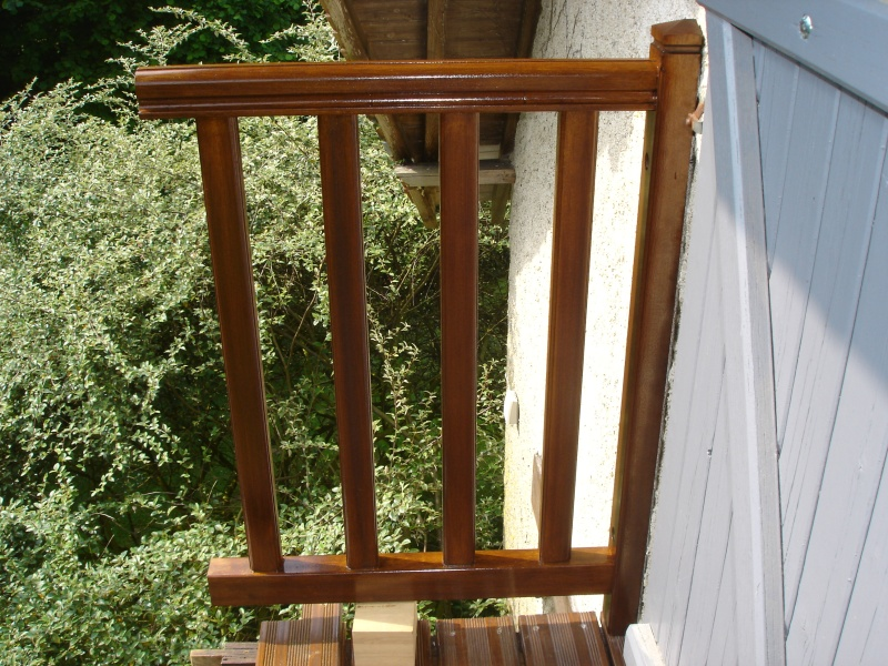 Balcon avec escalier de meunier - Page 2 Dsc03012