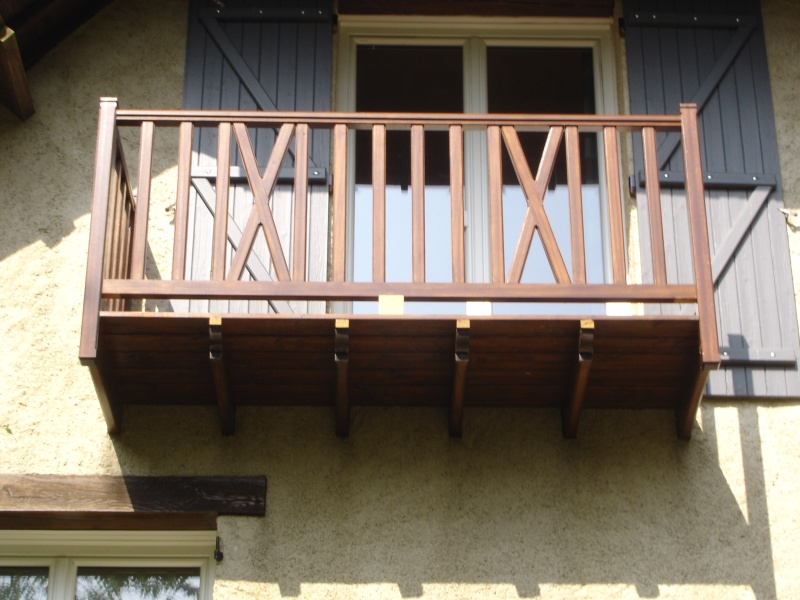 Balcon avec escalier de meunier - Page 2 Dsc03014