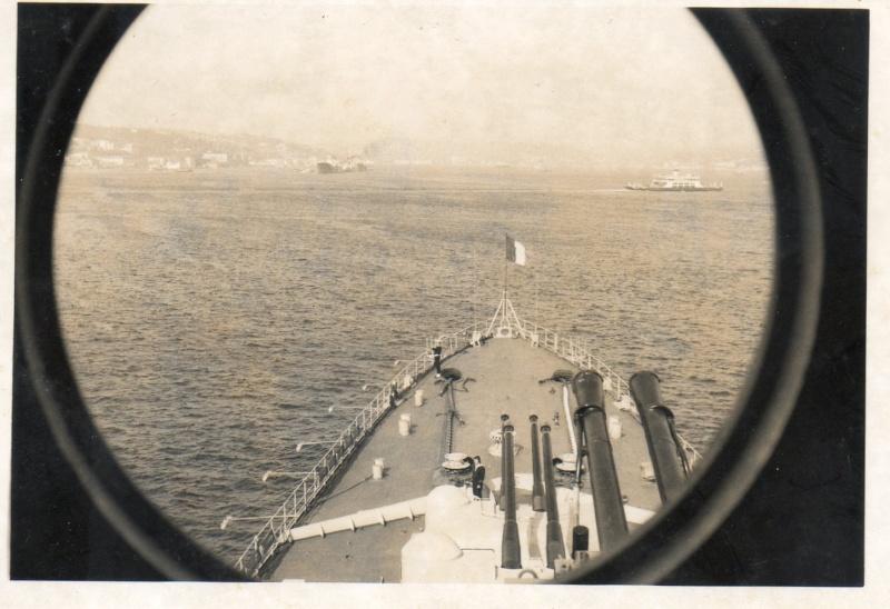 COLBERT (1956) (Croiseur) - Page 28 Img08810