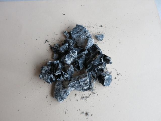 Utilité du charbon épurateur d'eau Img_1110