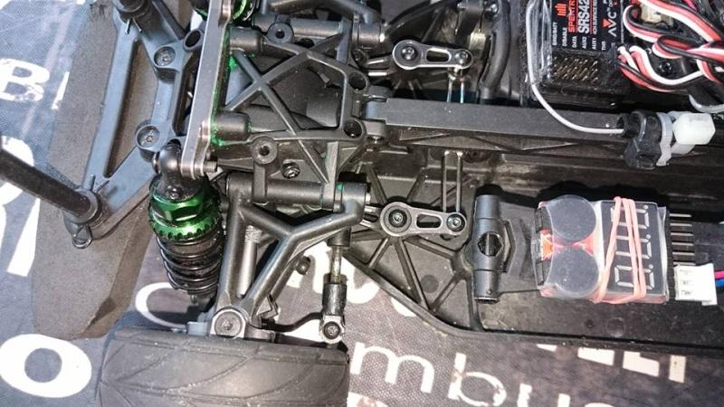 Vaterra v100 chassis ende der modifikation  10329111