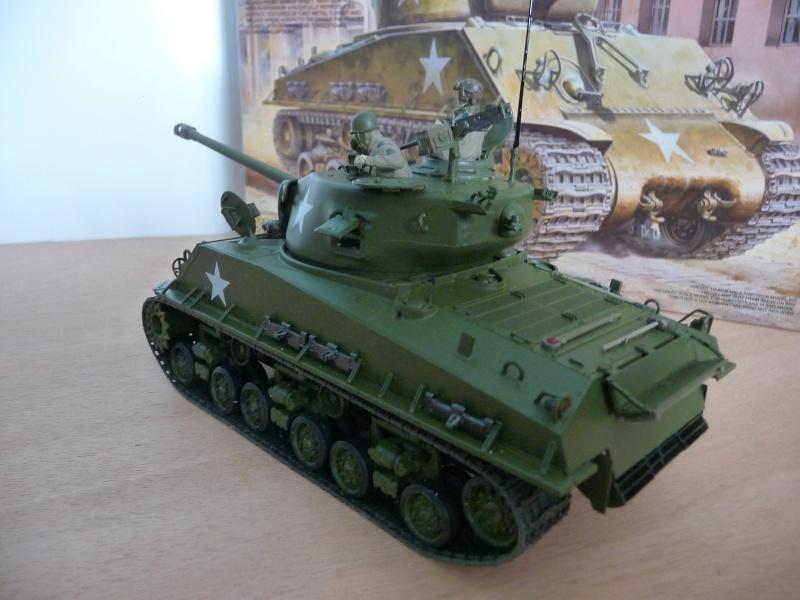 """SHERMAN  M4A3E8 """" Easy Eight""""   Medium Tank  - Tamiya 1/35éme - réf= ITEM 35346-3600 P1060716"""