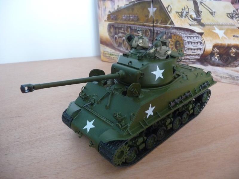 """SHERMAN  M4A3E8 """" Easy Eight""""   Medium Tank  - Tamiya 1/35éme - réf= ITEM 35346-3600 P1060717"""