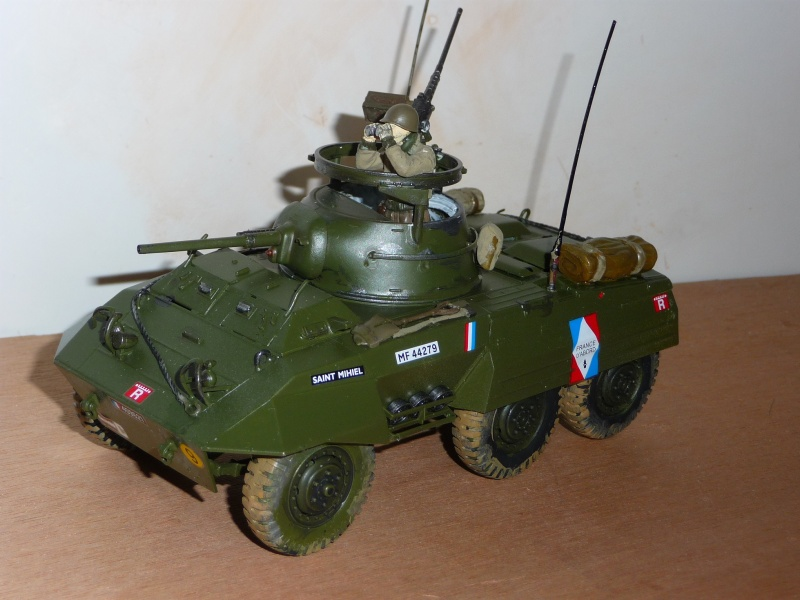 U.S. M8 Light Armored Car GREYHOUND  - TAMIYA 1/35 -  réf: 228 P1060720