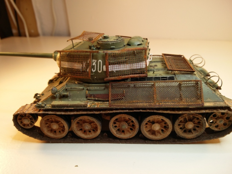 Dragon T34-85 Bed Spring Img_2044