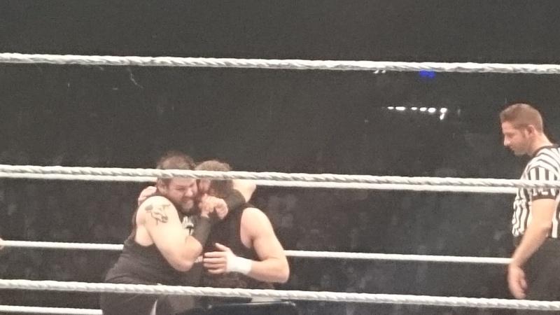 Tournées Européennes de la WWE - Page 4 Owens_11