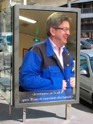 Merluche annonce son retour au boulot sur des panneaux publicitaires 3310