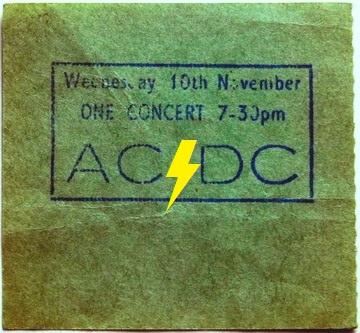 1976 / 11 / 10 - UK, London, Hammersmith odeon 10_11_11