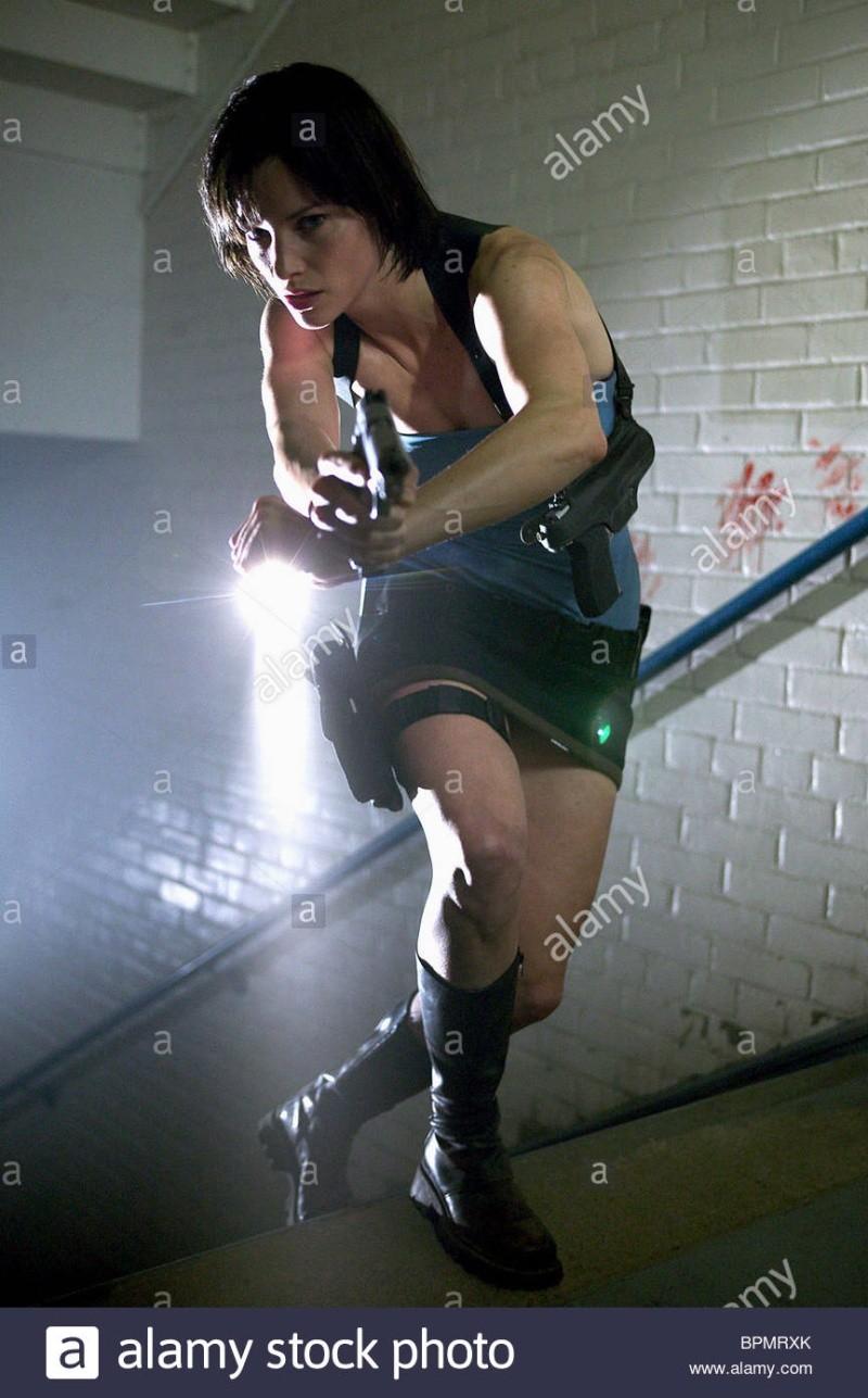 Question sur Resident evil : Carlos Oliviera Sienna10