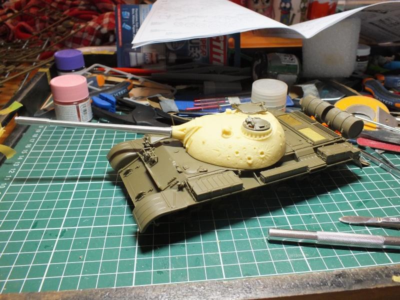 Tamiya T55 A 1/35 réf: 3257 avec tourelle Verlinden , char détruit en Afghanistan. Dscf9014