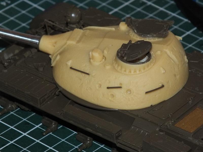 Tamiya T55 A 1/35 réf: 3257 avec tourelle Verlinden , char détruit en Afghanistan. Dscf9212