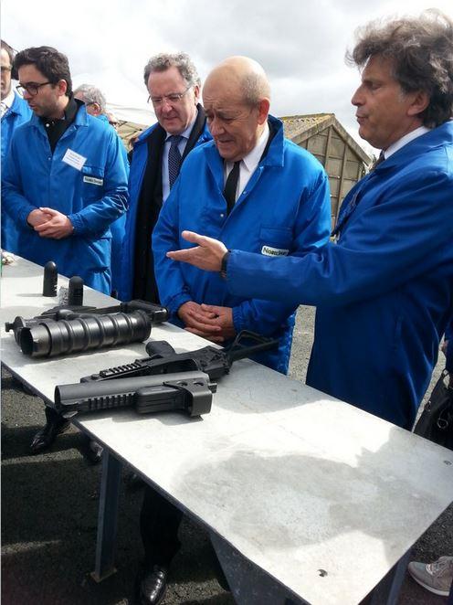 La poudre utilisée par l'armée française va à nouveau être produite en France  Poudre10