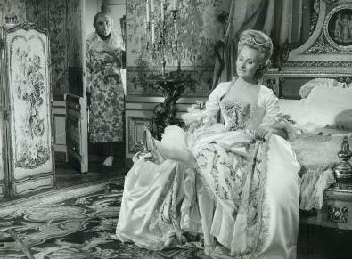 Marie Antoinette avec Michèle Morgan (Delannoy) - Page 10 Ztoor10