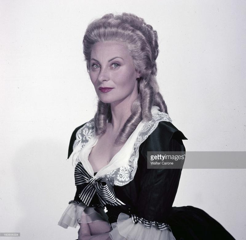 Marie Antoinette avec Michèle Morgan (Delannoy) - Page 10 Zzzzfe12