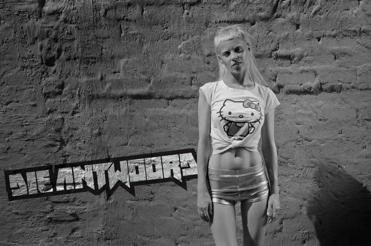 New Members: Get Your DIE ANTWOORD Banners and Wallpapers here! B0394e10