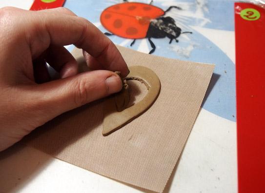[Tutoriel Niveau débutant] Pendentif à fleur. Bronze Doré Meteor. P1011016