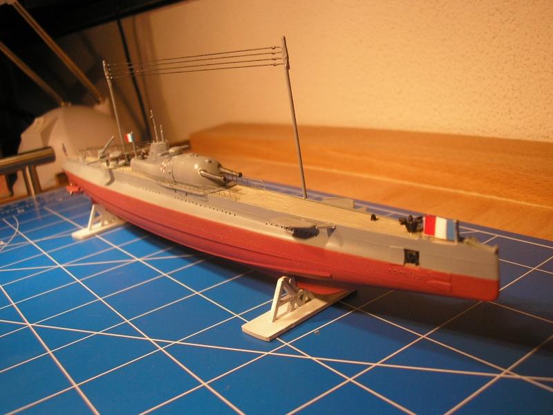 Croiseur sous marin SURCOUF Réf 81014 Heller22
