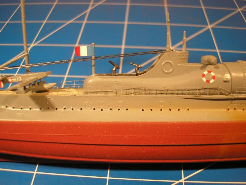 Croiseur sous marin SURCOUF Réf 81014 Heller29