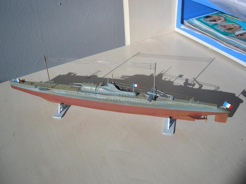 Croiseur sous marin SURCOUF Réf 81014 Heller30