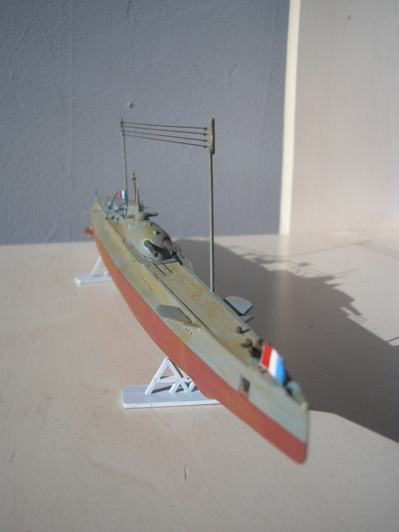 Croiseur sous marin SURCOUF Réf 81014 Heller32