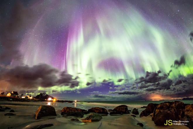 Текущие события - солнце, НЛО, ураганы, северное сияние.... Oooooo10