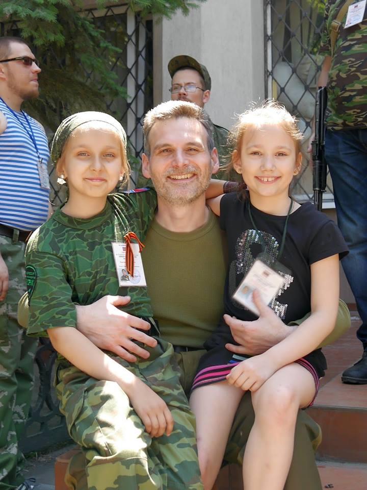 Entrevista a Alexei Markov, comisario político de la brigada Prizrak 10363510
