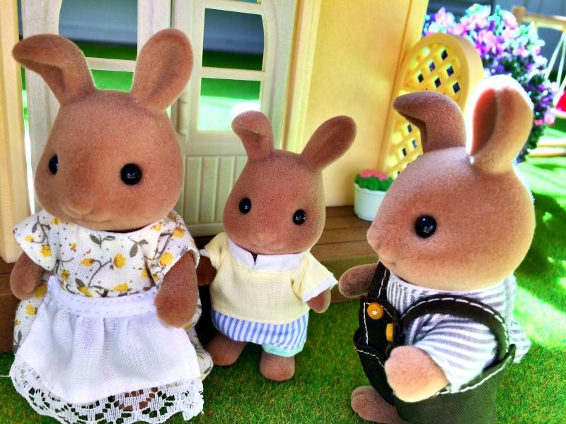 Happyland ⭐️, village de Marionnettes et ses filles Image100