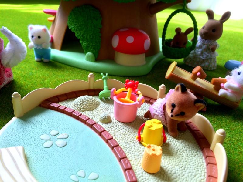 Happyland ⭐️, village de Marionnettes et ses filles Image106