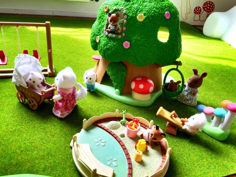 Happyland ⭐️, village de Marionnettes et ses filles Image109