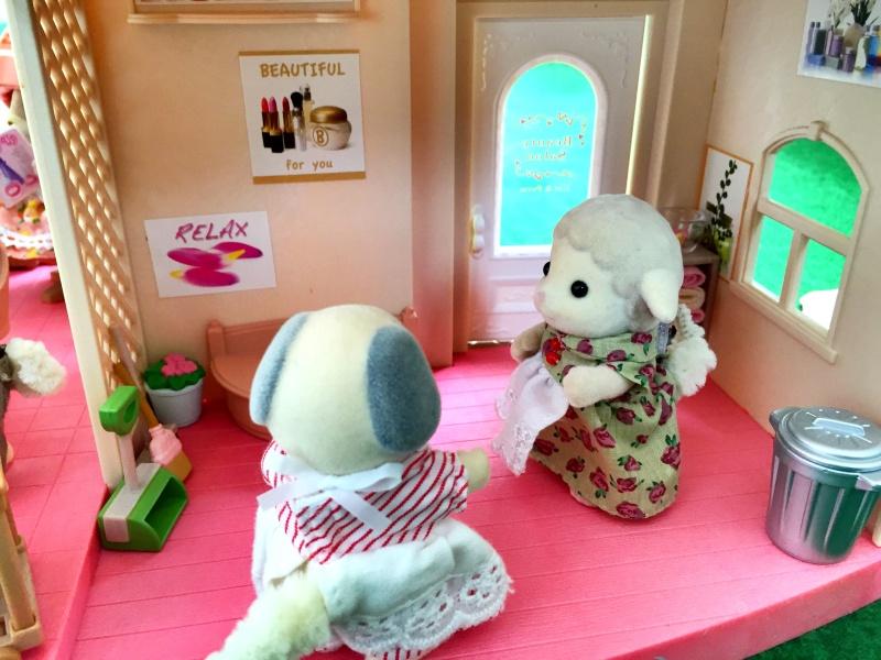 Happyland ⭐️, village de Marionnettes et ses filles - Page 3 Image290