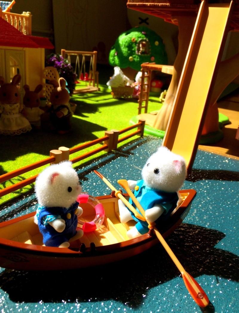 Happyland ⭐️, village de Marionnettes et ses filles Image97