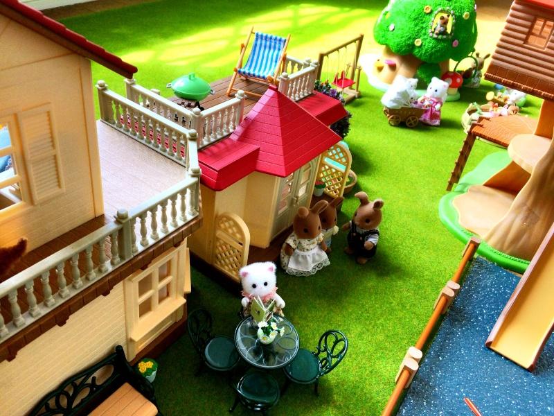 Happyland ⭐️, village de Marionnettes et ses filles Image99