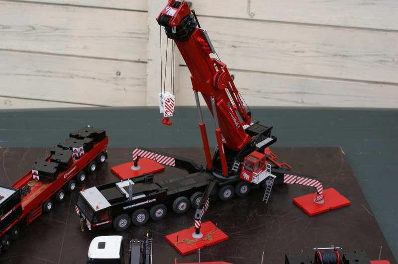 models from Wilfred de Groot Demag-10