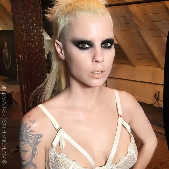 Die Antworrd Make-up Artist-Stylists-Modeling  94736512