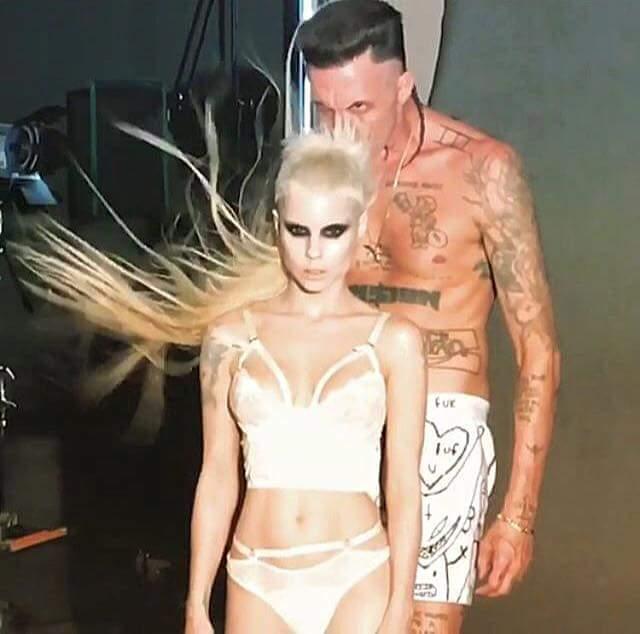Die Antworrd Make-up Artist-Stylists-Modeling  Fb_im250