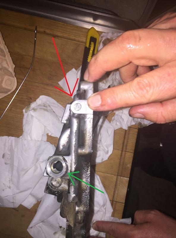 Réparation bloc moteur percé Img_5311