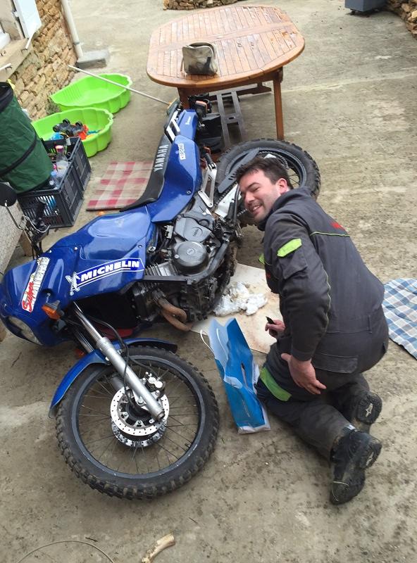 Réparation bloc moteur percé Img_5316