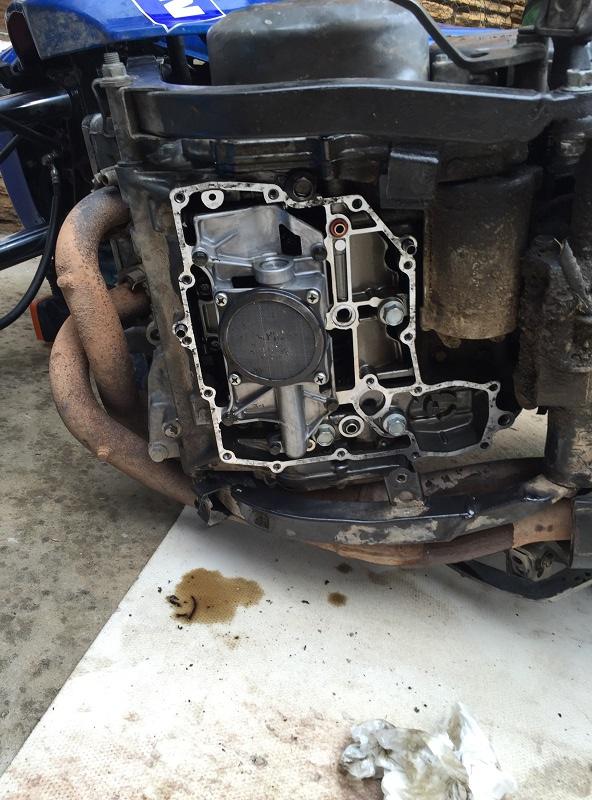 Réparation bloc moteur percé Img_5317