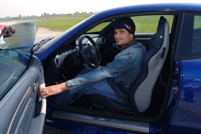 Gransport Tonio Liuzzi F1 A vendre  Tonio_14