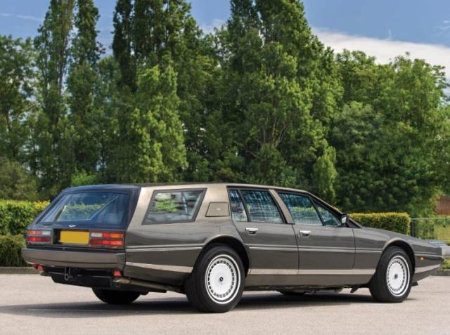 c'était déjà aussi laid qu'une Citroen en berline Aston-11