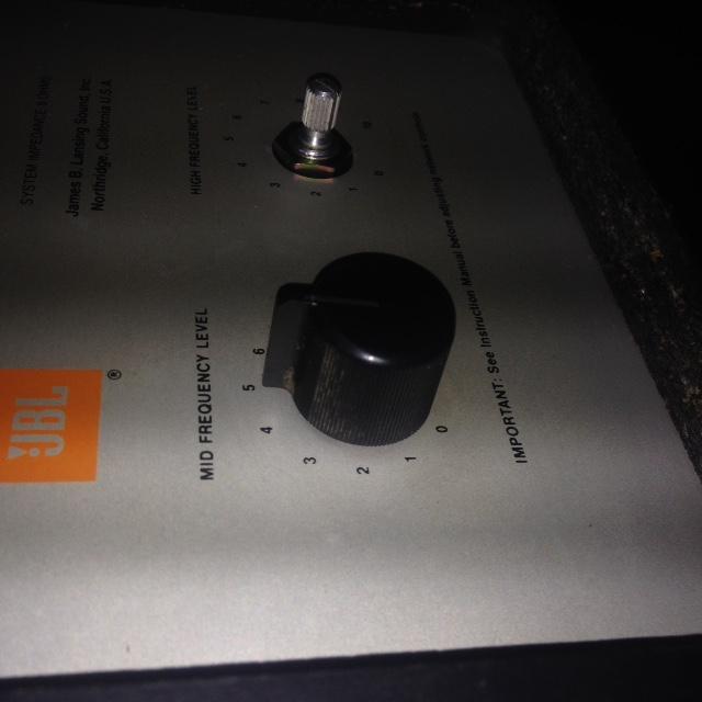 bouton de potar pour filtre L220 Img_2813