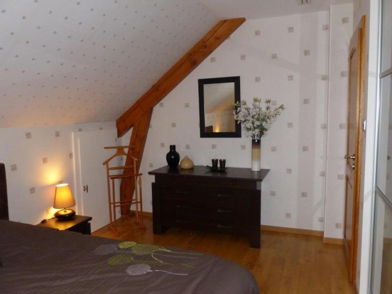 Conseils au sujet d'une chambre à coucher (couleur chocolat, wengé) P1130911